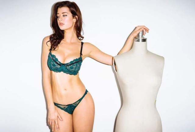 sarah mcdaniel sexy pictures (4)