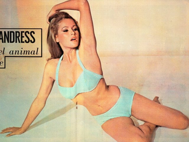 ursula-andress sexy awesome