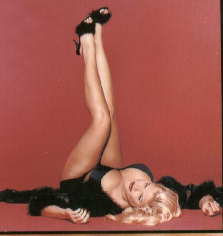 Anna Nicole Smith (70)