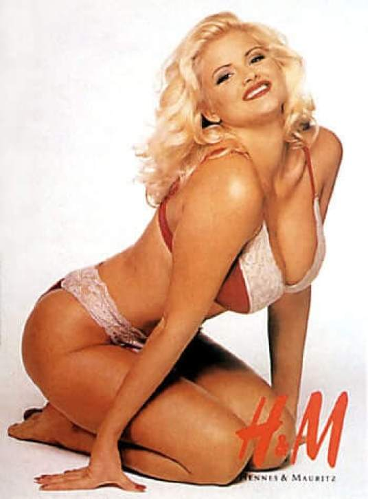 Anna Nicole Smith hot side pics