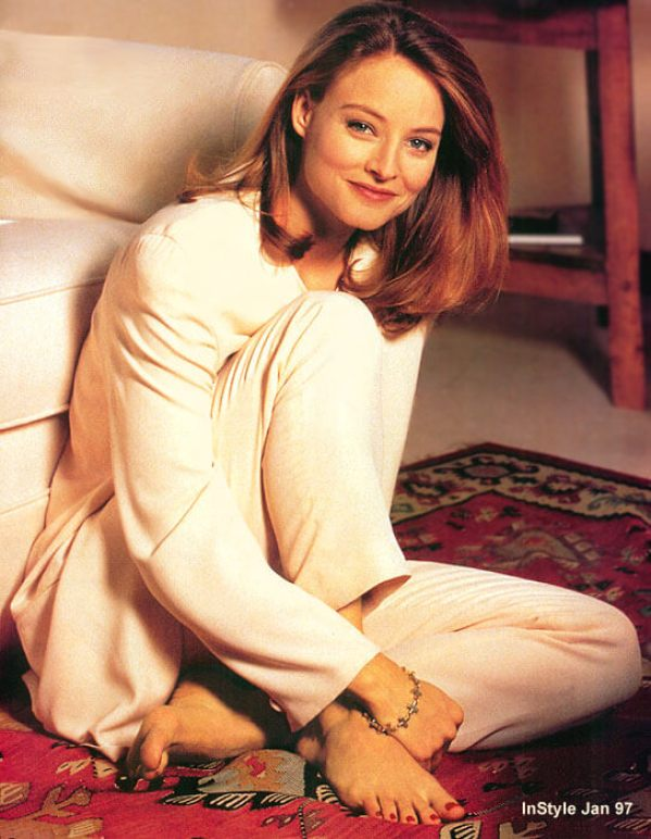 Jodie Foster sexy feet picture (2)
