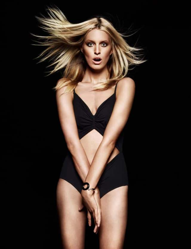 Karolina Kurkova sexy photo