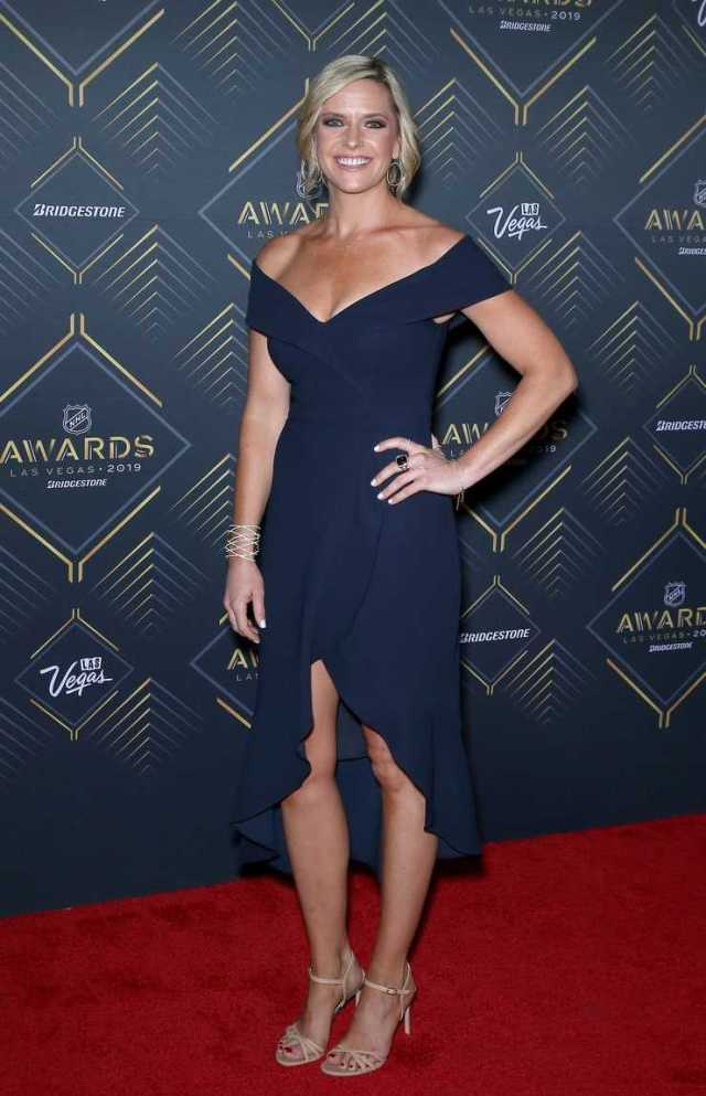 Kathryn Tappen cleavage pics