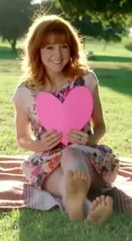 Lindsey Stirling hot feet (2)