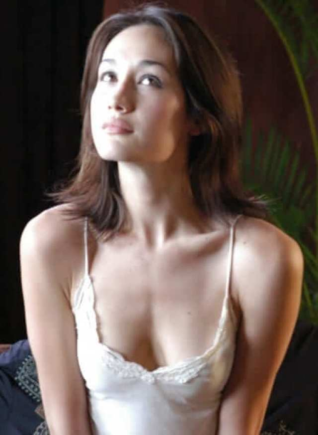 Maggie Q sexy cleavage pictures (4)