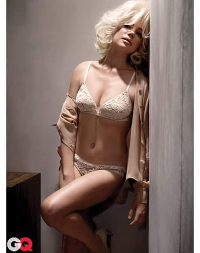 Michelle Williams boobs hot