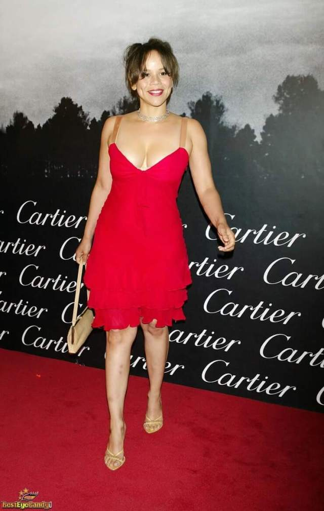 Rosie Perez sexy red dress pics