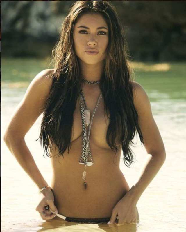 arianny-celeste-topless-pictures