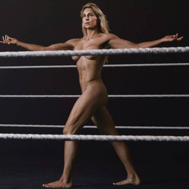 charlotte flair hot legs