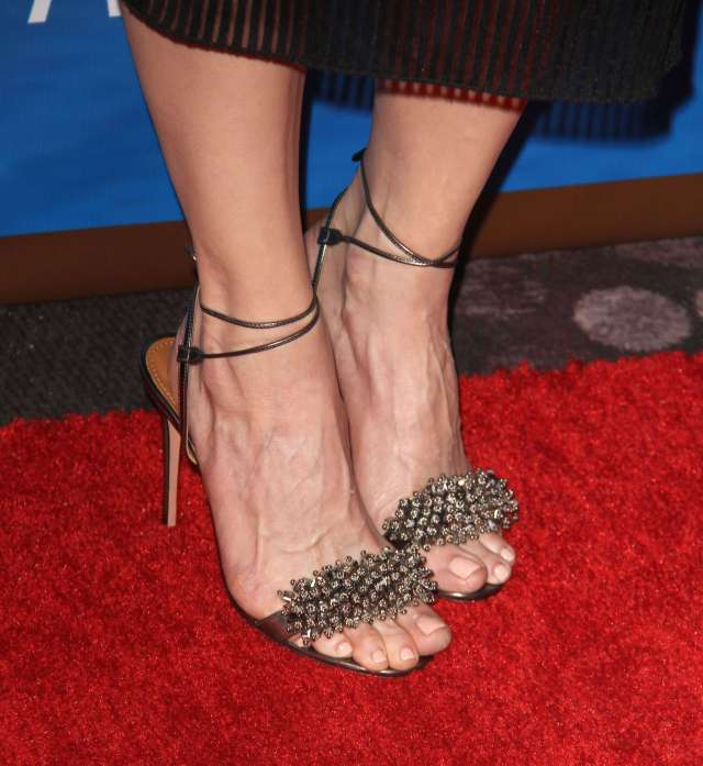 chelsea handler Sexy Feet Picture