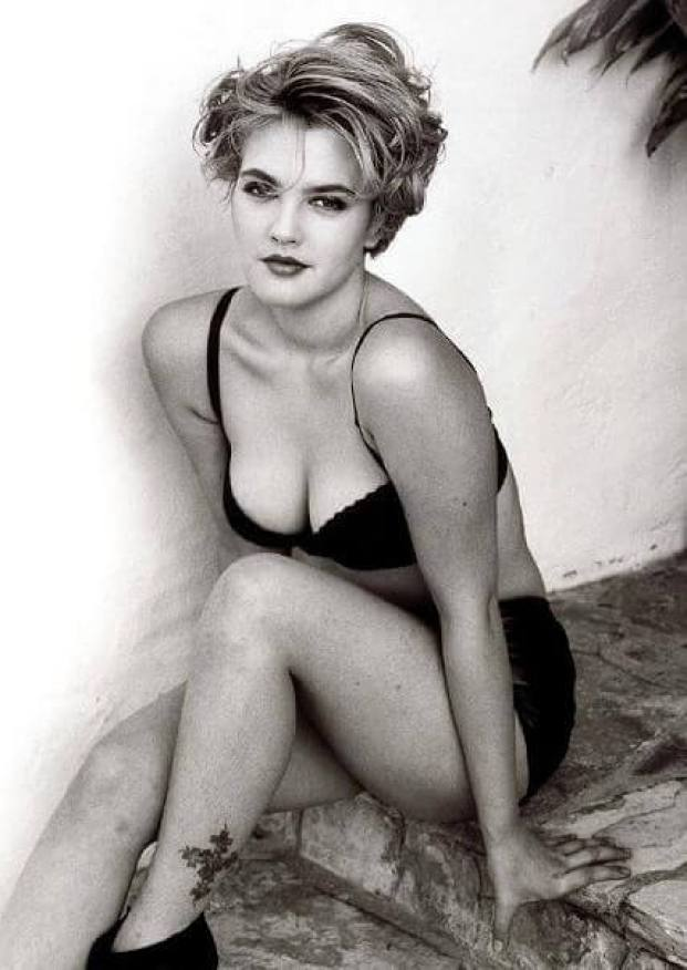 drew barrymore hot cleavage