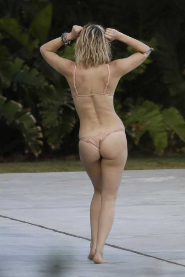 kate Hudson booty pictures (2)
