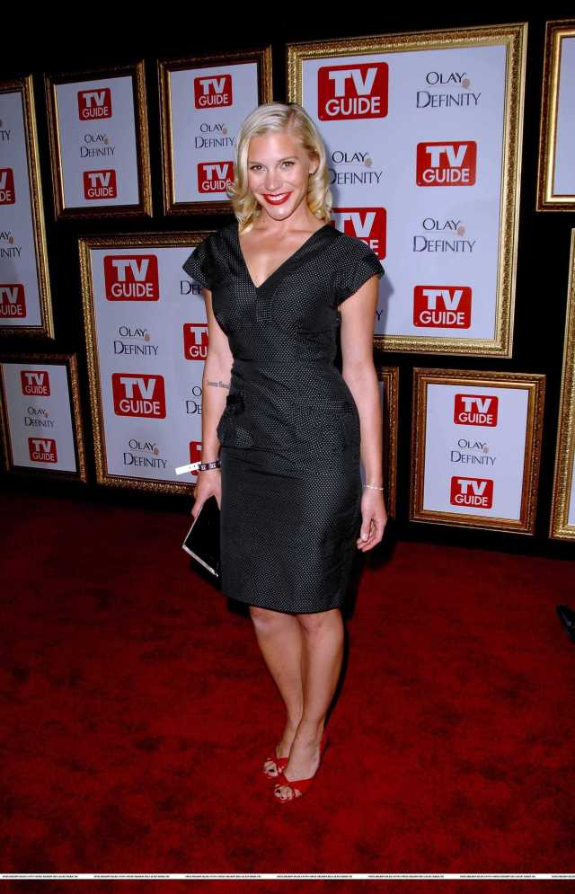katee sackhoff sexy feet pictures (10)