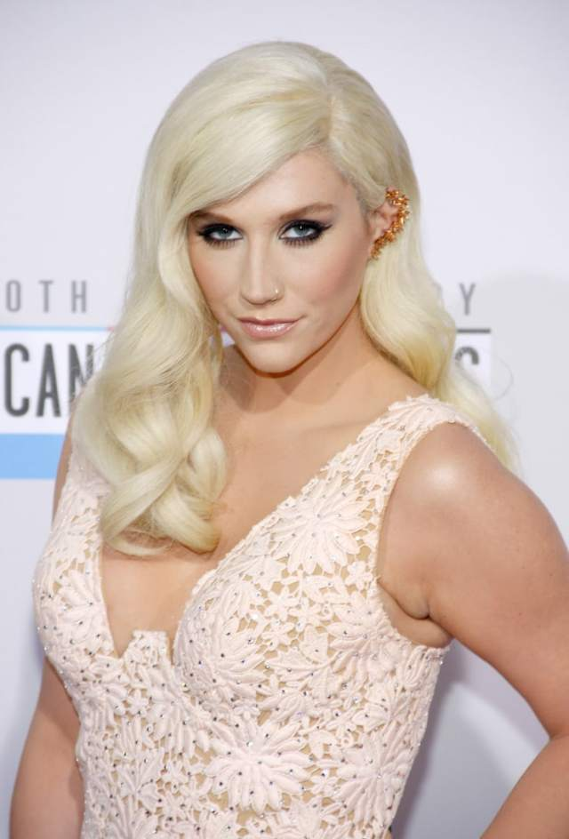 kesha sexy photo