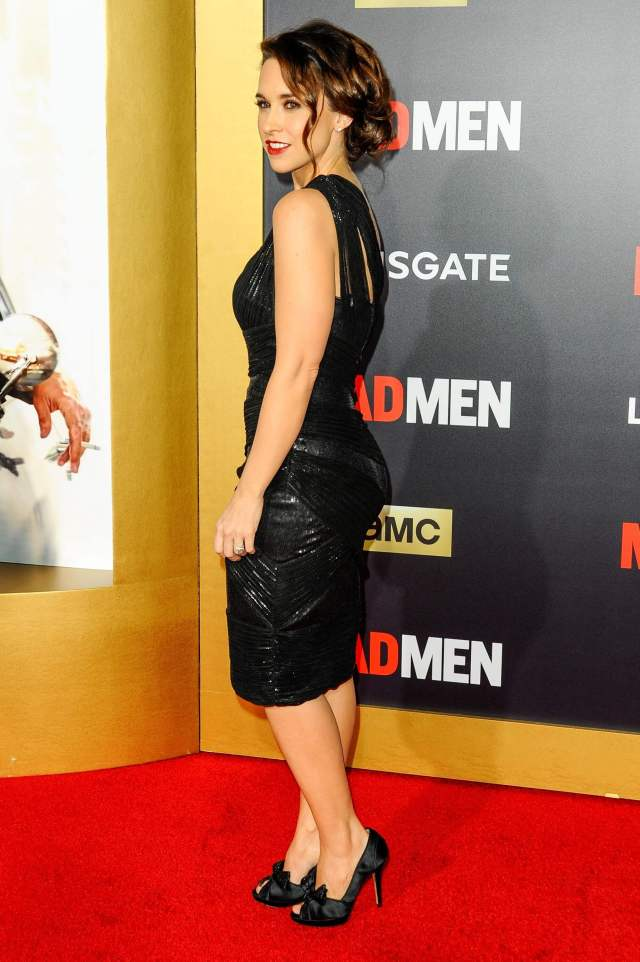 lacey chabert lovely feet images