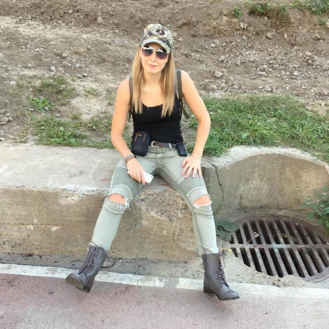 18 Sexy Lauren Southern Feet Pictures Are Too Much For You