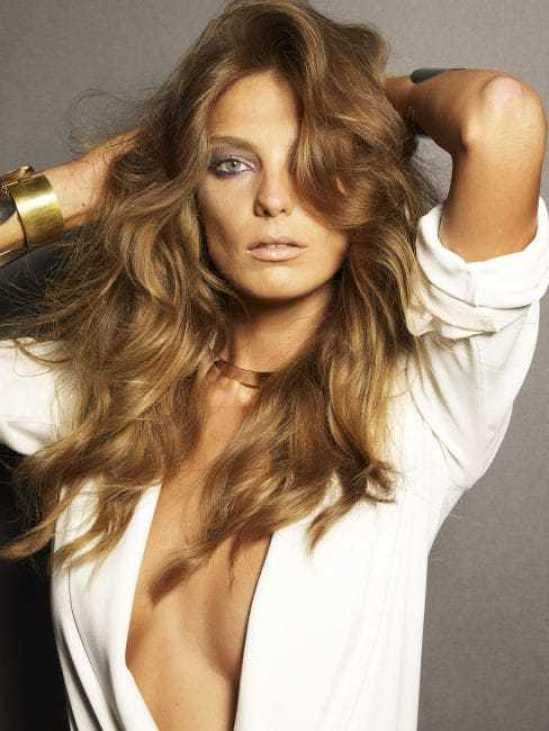 Daria Werbowy sexy side boobs pictures