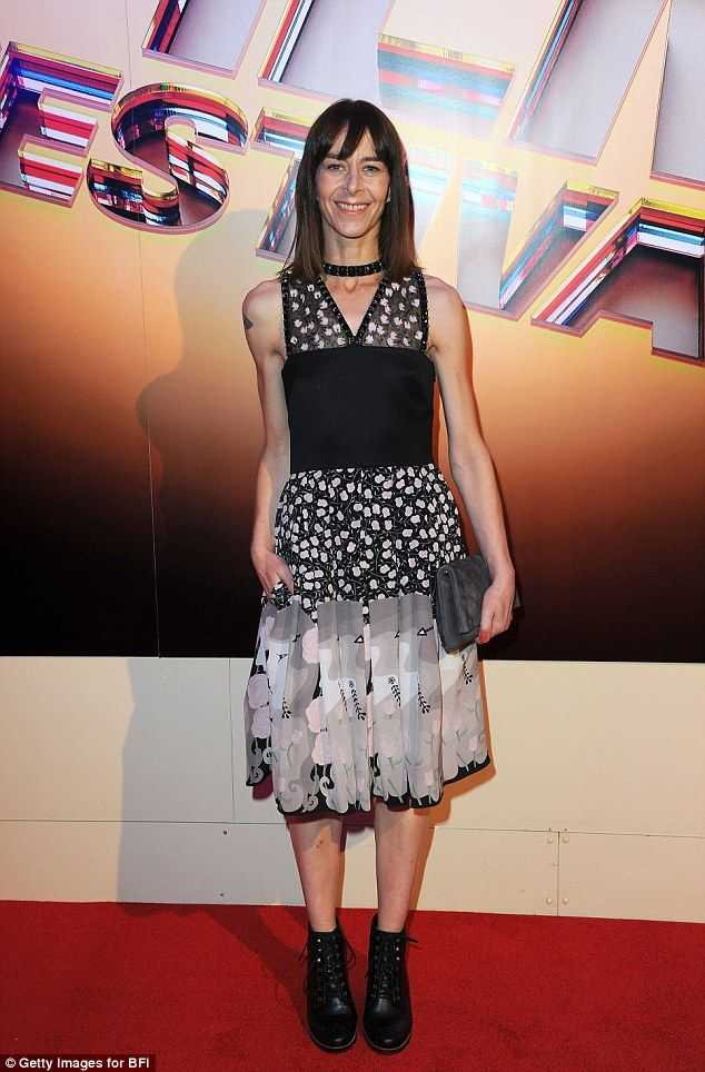 Kate Dickie sexy pictures