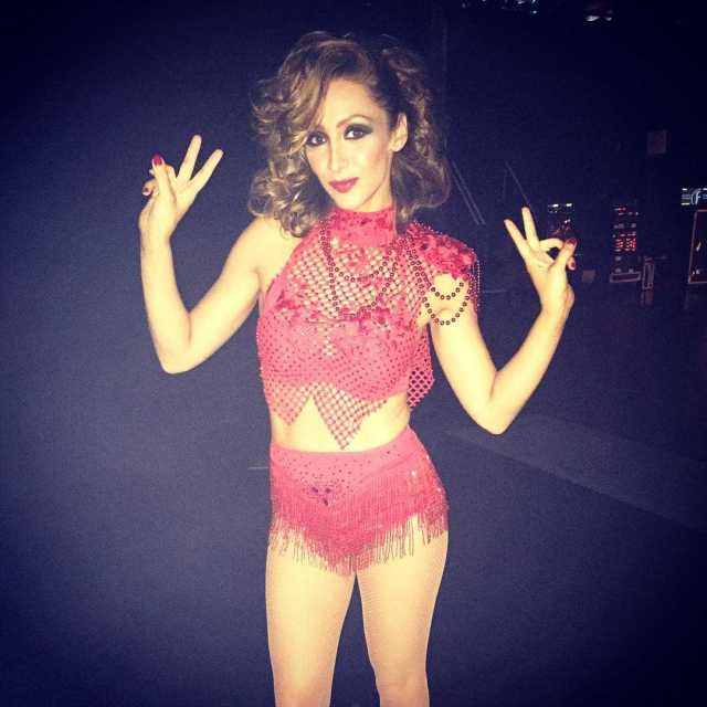 Lucy-Jo Hudson awesome look (2)