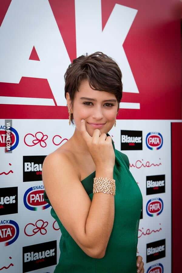 Rosabell Laurenti Sellers hot pictures (2)