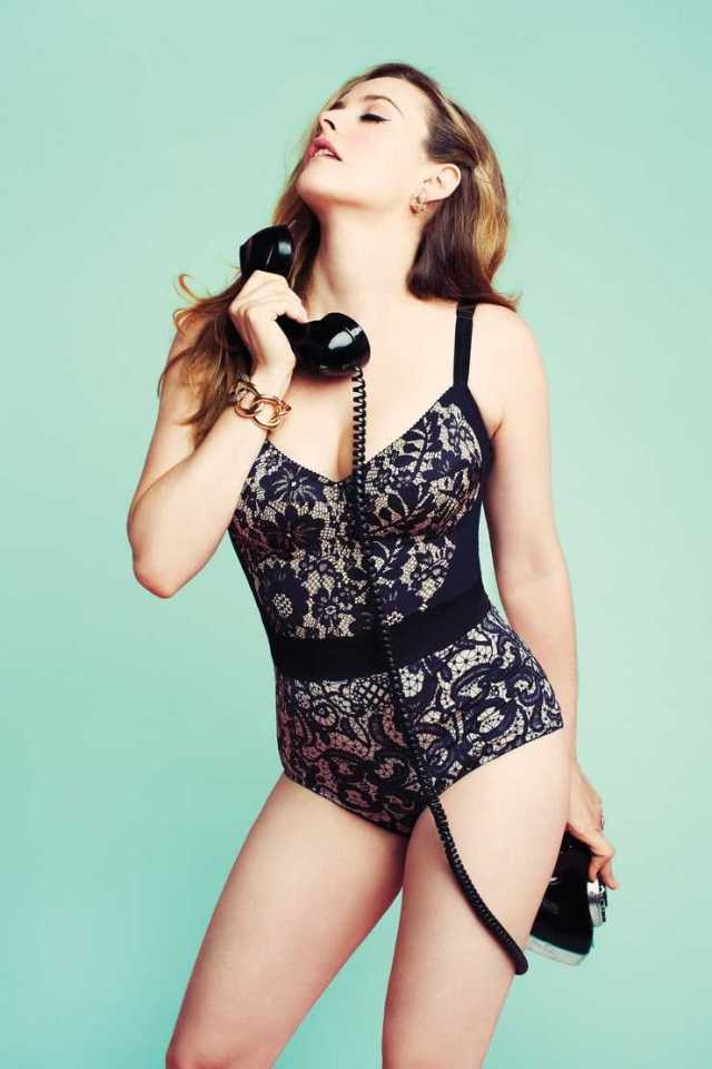 Alicia Silverstone hot lingerie pictures