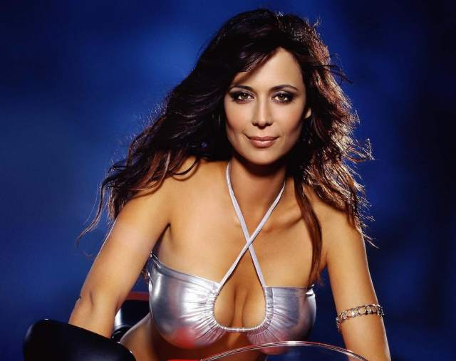 Catherine Bell hot busty]