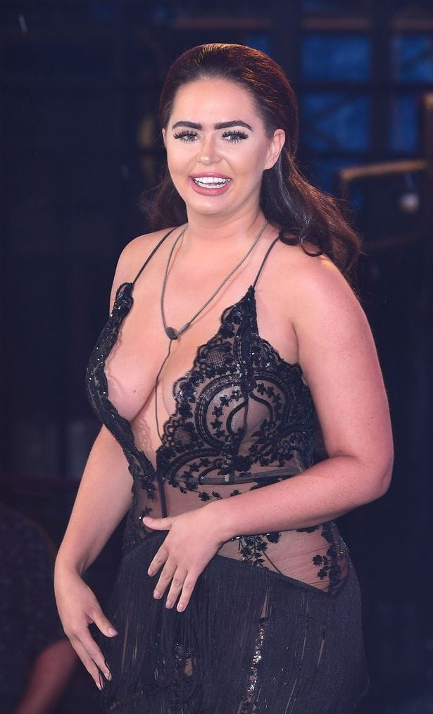 Chanelle MccLeary side boobs
