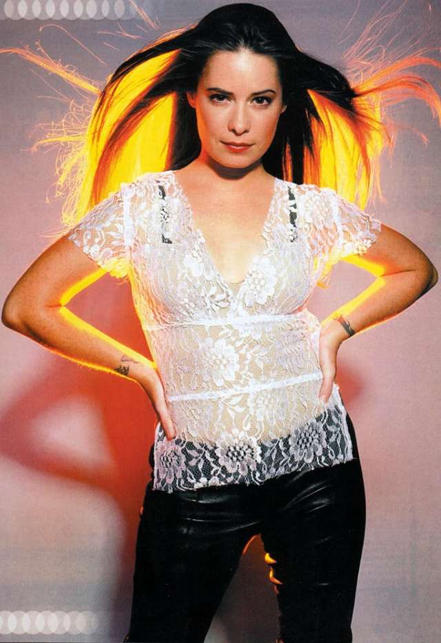 Holly Marie Combs beautiful pic