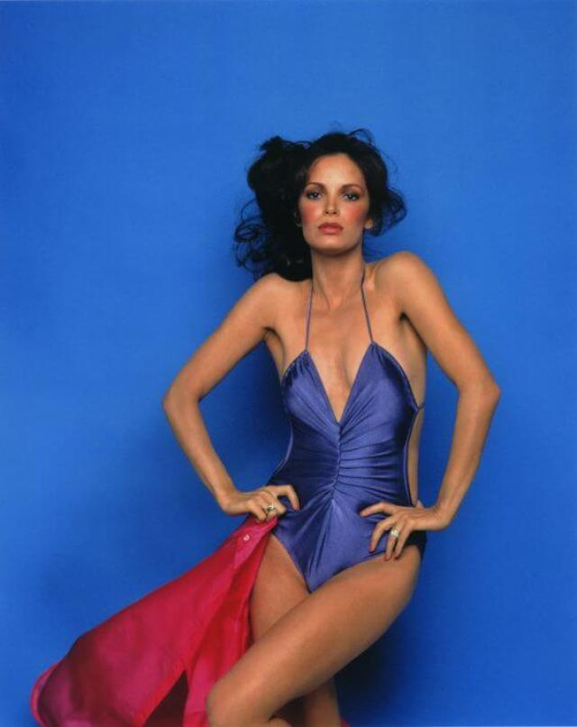 Jaclyn-Smith-sexy-and-hot-photo
