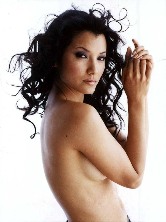Kelly-Hu-sexy-topless-pic