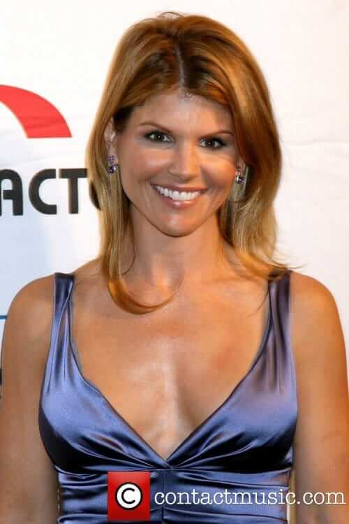 Lori Loughlin hot cleavage pic