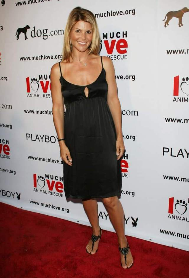 Lori Loughlin hot photo