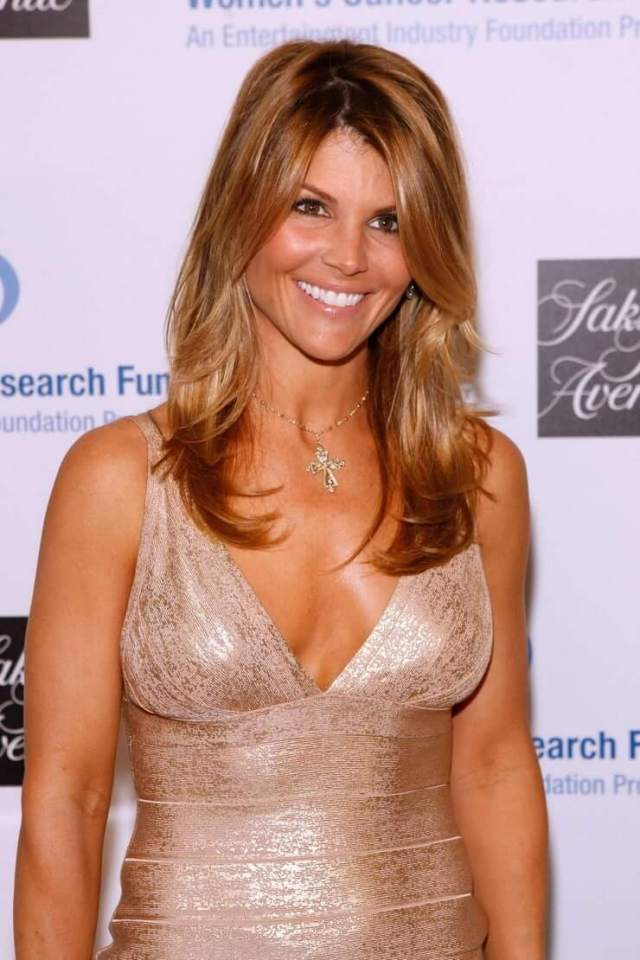 Lori Loughlin sexy boobs