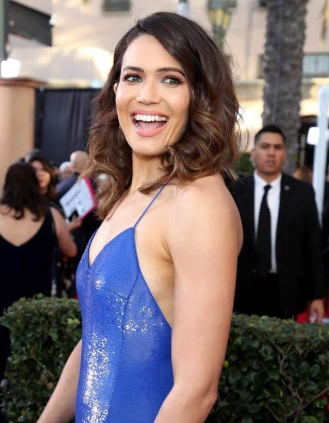 Mandy Moore hot picture