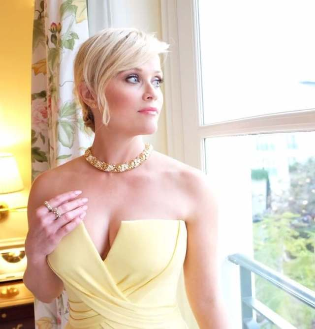 Reese Witherspoon sexy pics