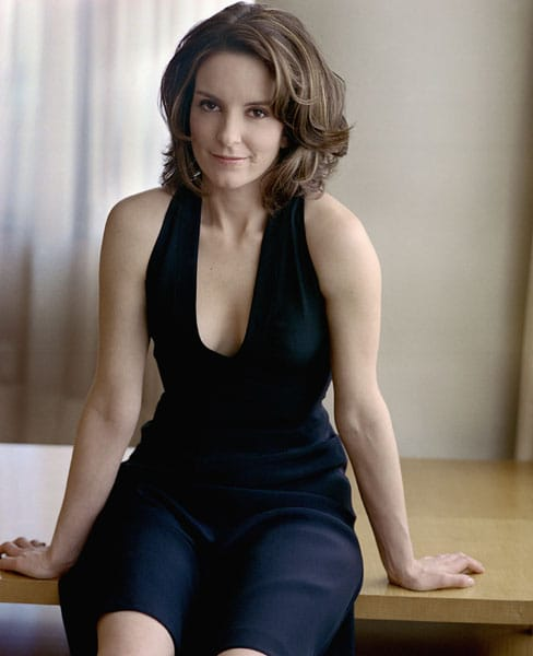 Tina Fey hot cleavage pics (2)