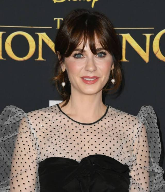 zooey deschanel awesome pic