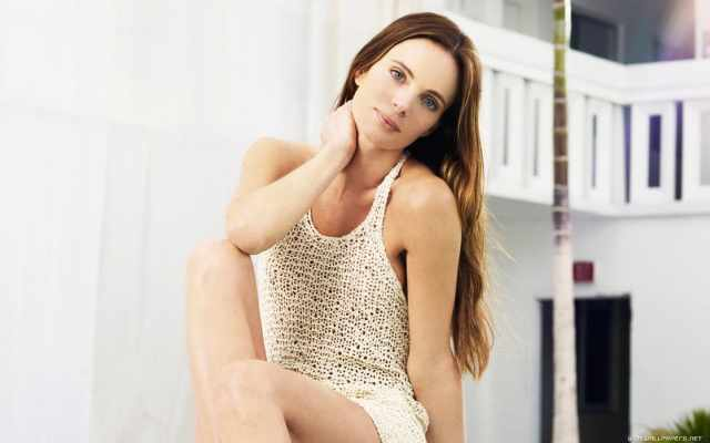 Gabrielle Anwar beautiful