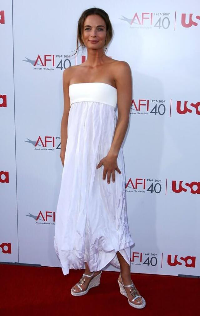Gabrielle-Anwar-white-sexy-dress