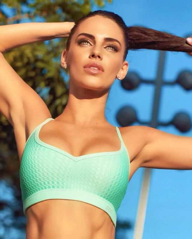 Jessica Lowndes hot