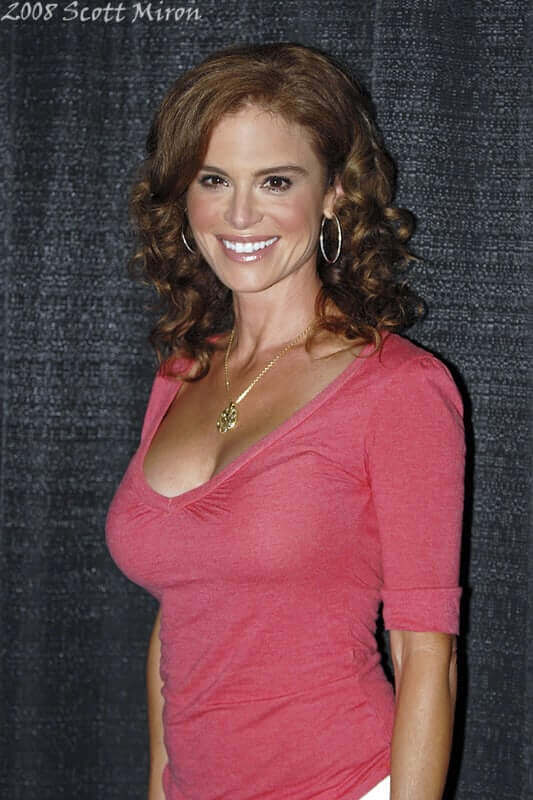 Betsy-Russell-awesome-picture