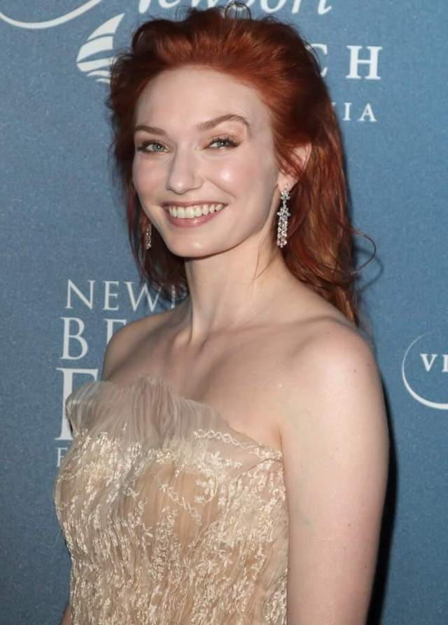 Eleanor Tomlinson hot sid pictures