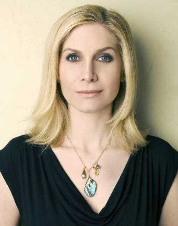 Elizabeth Mitchell beautiful (1)