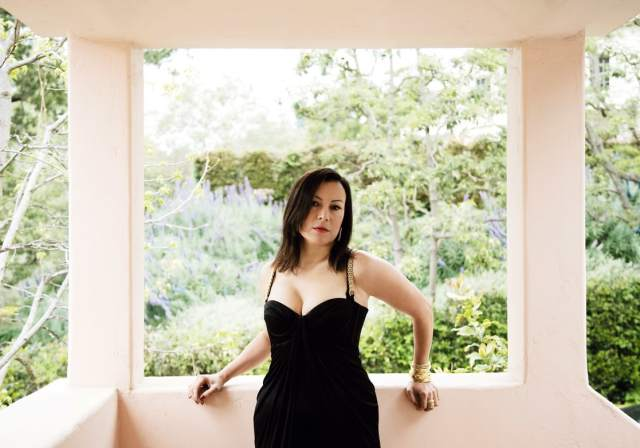49 Hottest Jennifer Tilly Big Butt pictures Will Expedite An Enormous Smile On Your Face | Best ...