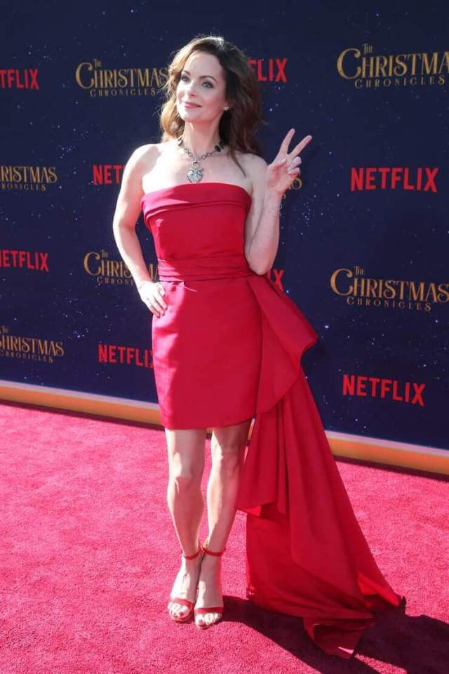 Kimberly-Williams-Paisley-hot-picture