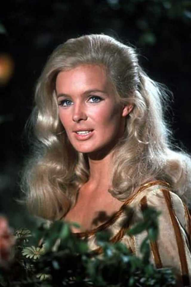 49 Hottest Linda Evans Hot Pictures Which Make Certain To Leave You  Entranced | Best Of Comic Books