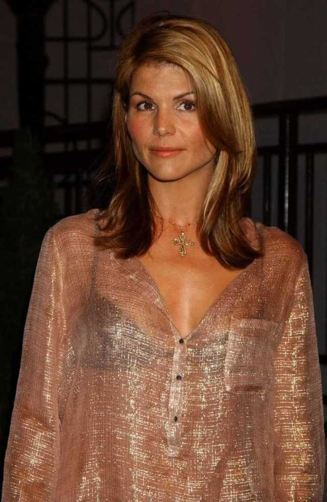 Lori Loughlin hot (1)