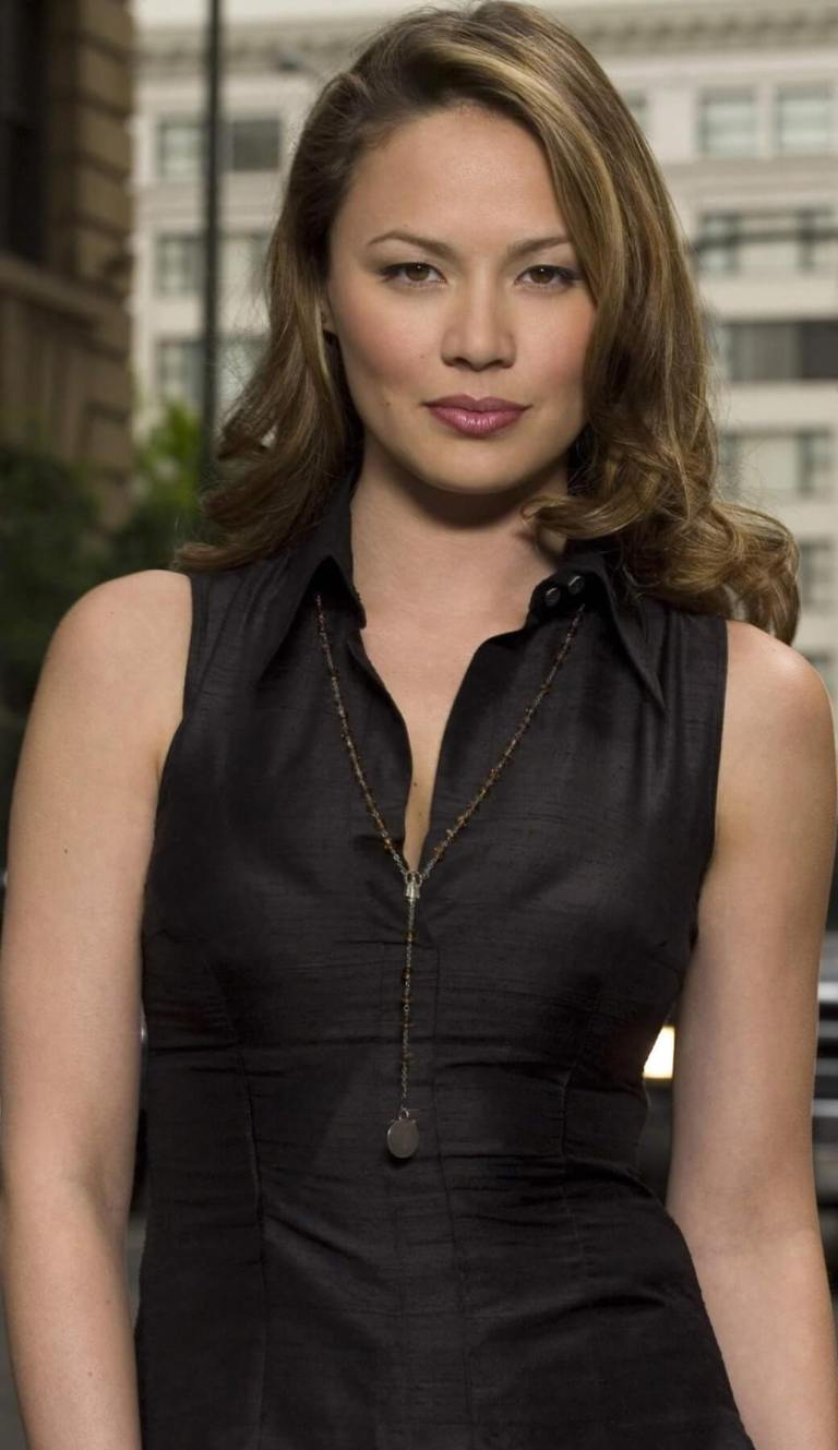 49 Hottest Moon Bloodgood Boobs pictures Are A Charm For ...