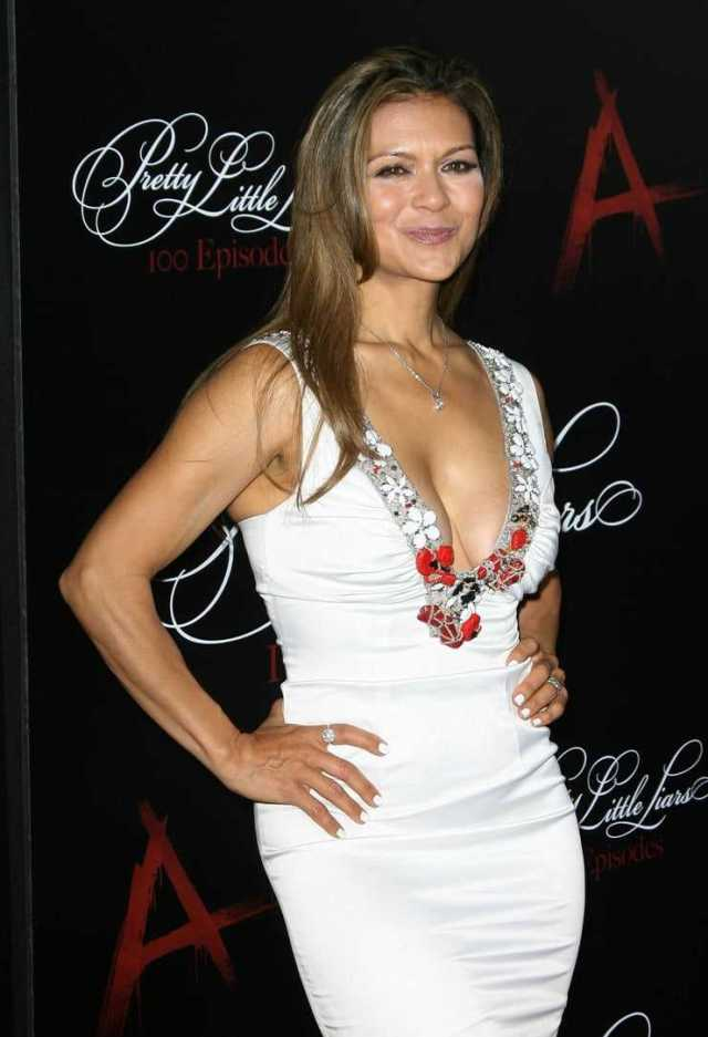 Nia Peeples awesome pic