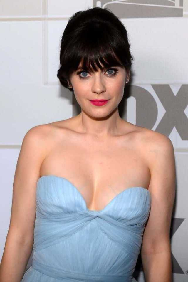 33 Nude Pictures Of Zooey Deschanel Demonstrate That She